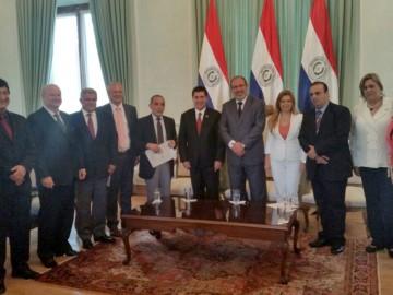 Lideranças da fronteira em audiência com presidente do Paraguai, Horacio Cartes